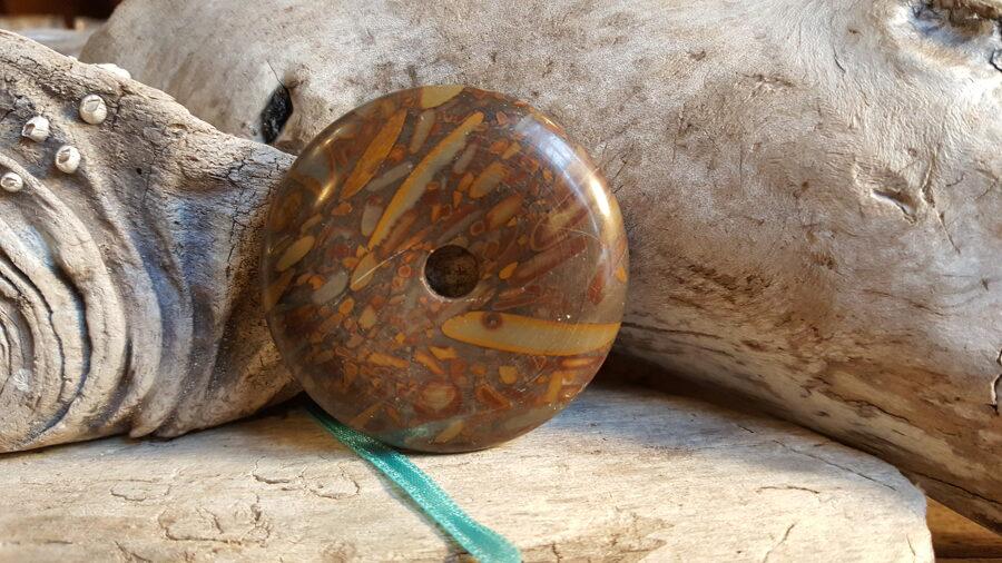 """Liels jašmas kulons """"Aizsardzībai"""" Izmērs 5 cm Aizsargamulets Zila bantīte"""