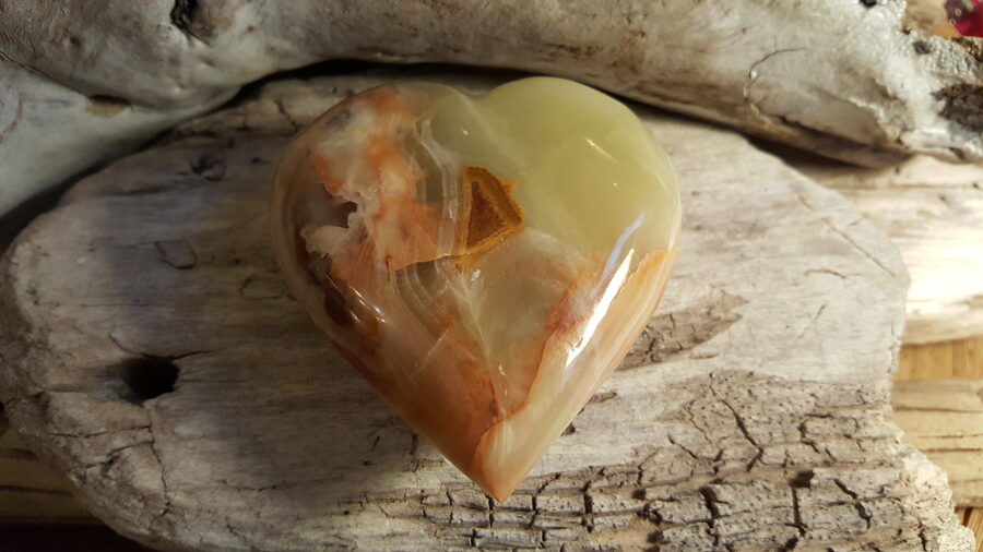 """Liela marmor-oniksa sirds """"Mīlestība tev"""" Izmērs 7.5 x 7 cm Pakistānas atradnes"""