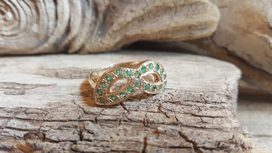"""Smaragda gredzens sudrabā """"Iedvesmojošais"""" Izmērs apmēram 18.2 Jālaiko"""